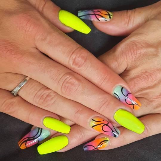 Melanis Studio #zagreb Gel lak Ugradnja noktiju